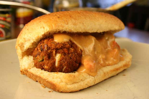 chili-meatball-cheese2