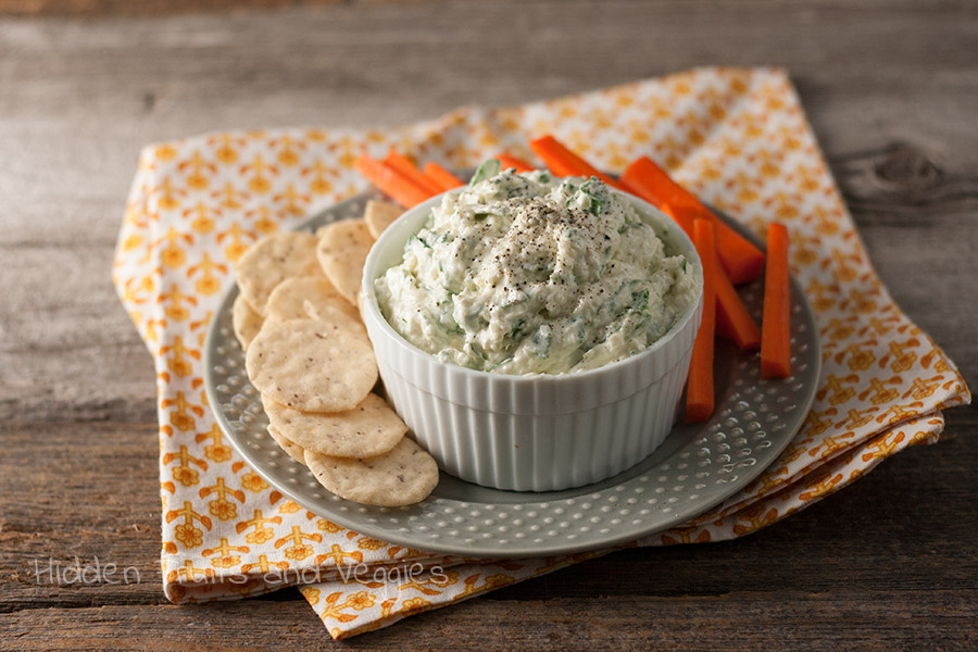 Creamy Asiago and Spinach Dip @hiddenfruitnveg